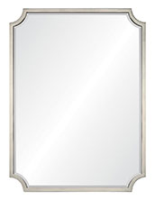 Beleved center mirror
